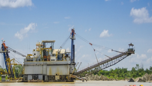 Mineros SA Alluvial Mining Barge in Colombia