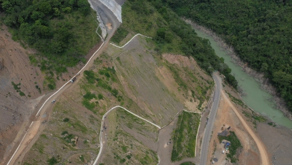 Pacifico 1 Highway Restoration Work at Sinifana